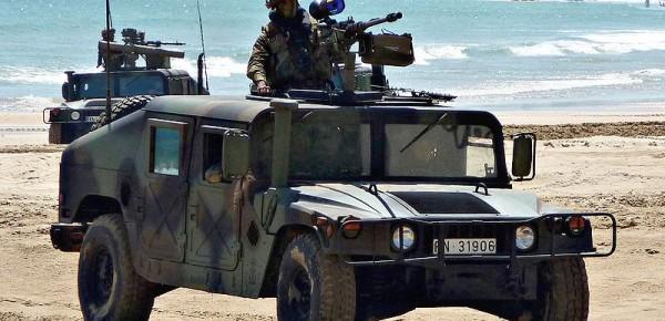 800px-Humvee_Browning_M-2_español[1]